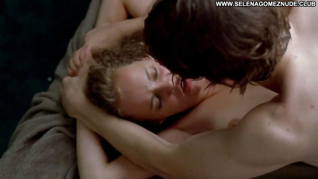 Bijou Phillips Bully Breasts Sex Big Tits Beautiful Bed Celebrity