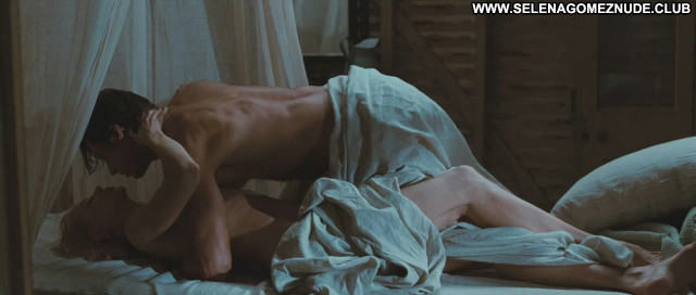 Nicole Kidman Australia Breasts Celebrity Kissing Posing Hot Nude