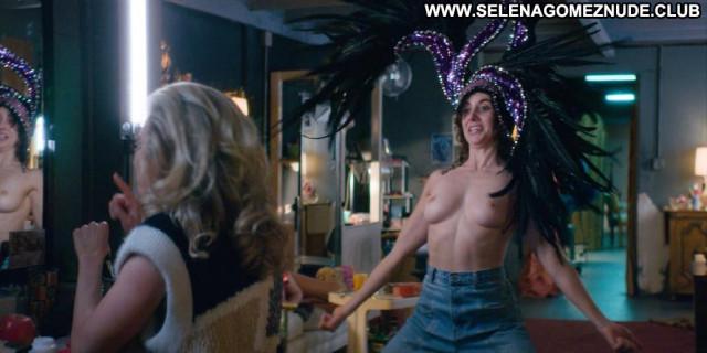 Alison Brie Glow  Shirt Breasts Beautiful Celebrity Big Tits Big Tits