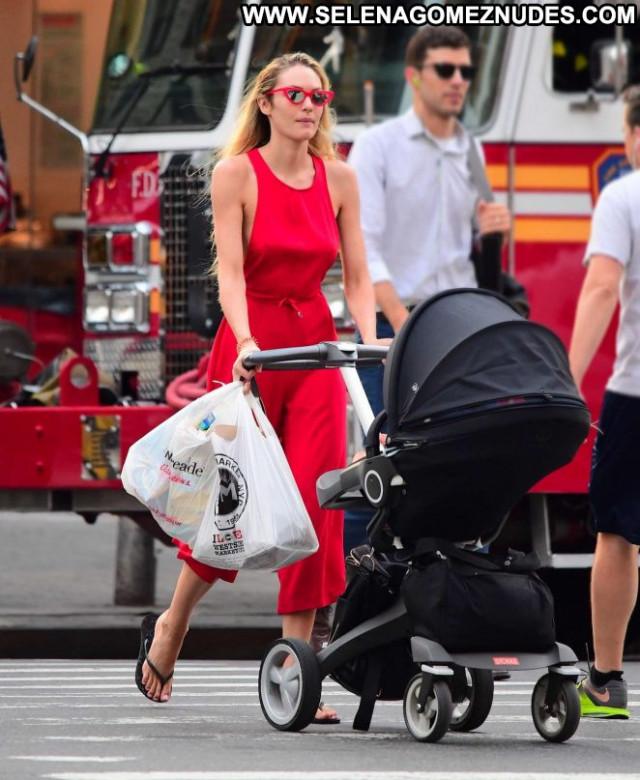 Candice Swanepoel New York Posing Hot Celebrity Paparazzi New York