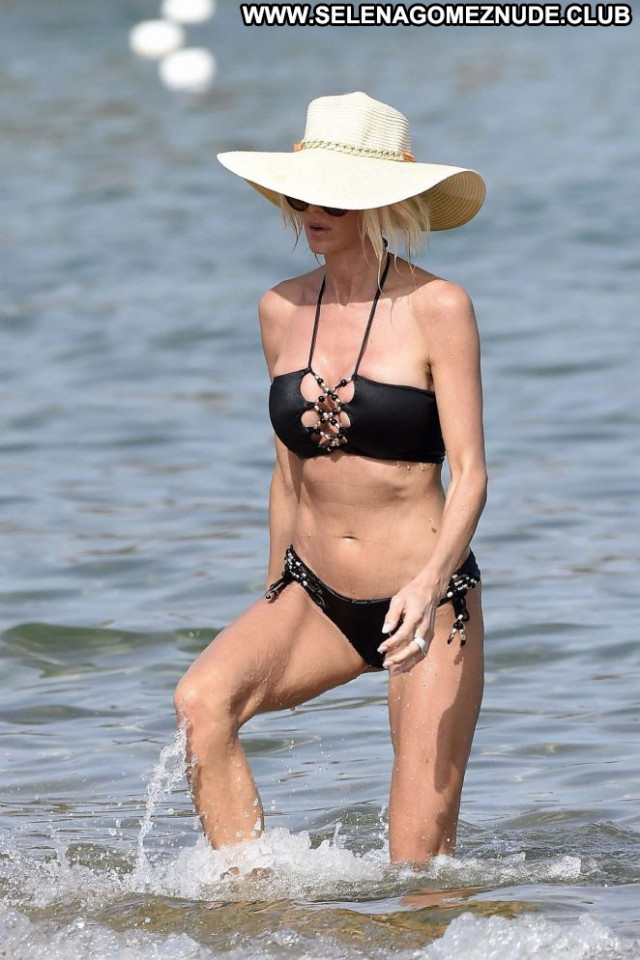 Victoria Silvstedt No Source Swimsuit Celebrity Paparazzi Beautiful