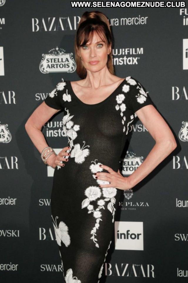 Carol Alt New York Posing Hot Paparazzi Summer Celebrity Babe New