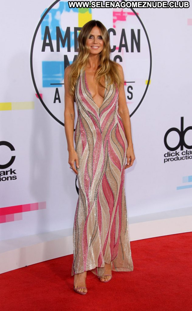 Elly Sharp American Music Awards Awards American Bra Desi London Legs