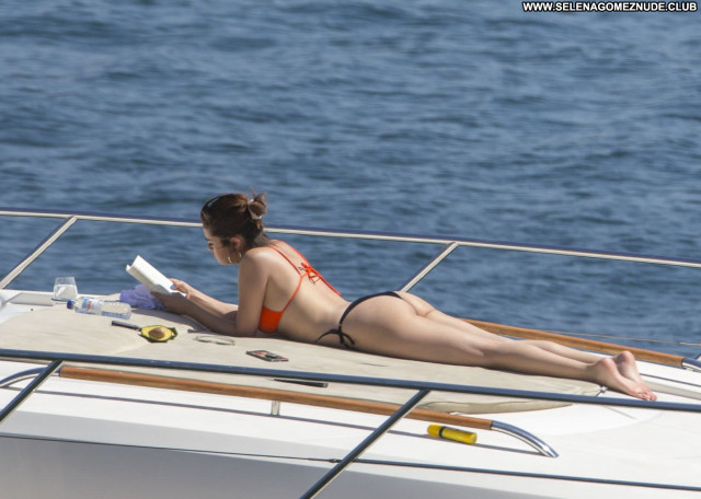 Selena Gomez Ramona And Beezus Bar Fashion Photoshoot Sexy Sea Ass