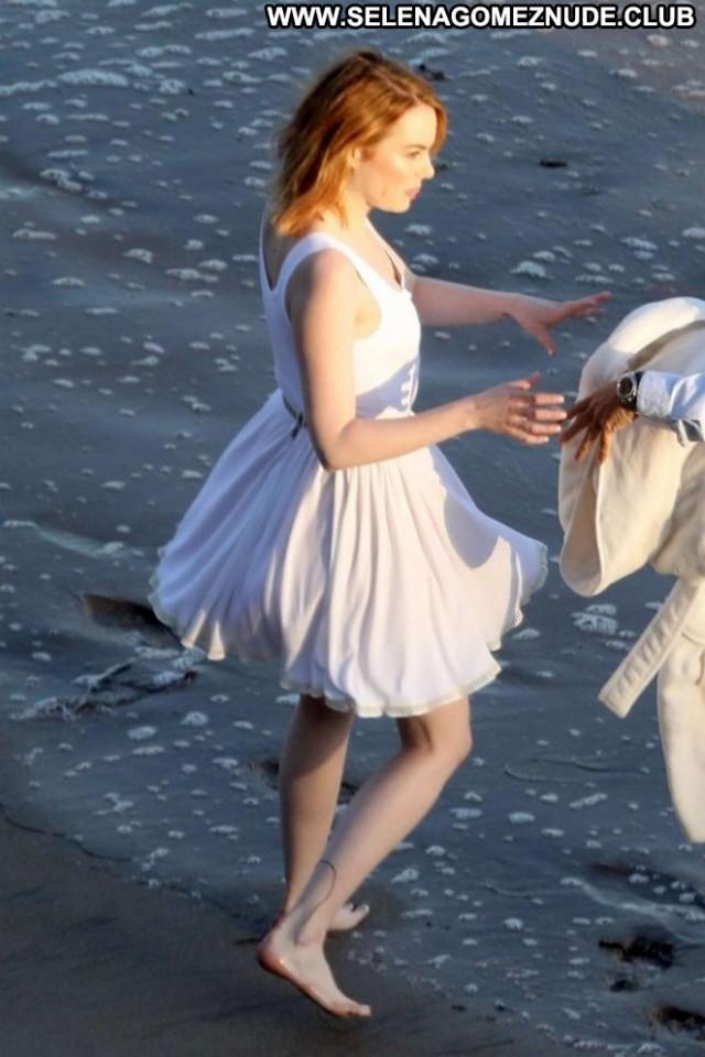 Photos The Beach In Malibu Beach Paparazzi Photoshoot Celebrity