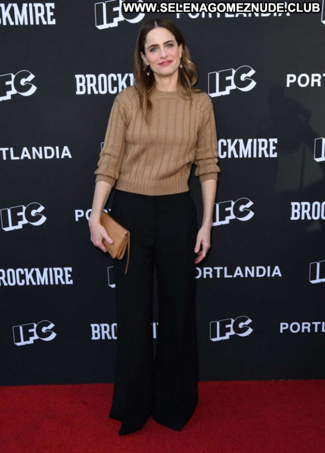 Amanda Peet Los Angeles Posing Hot Beautiful Paparazzi Los Angeles