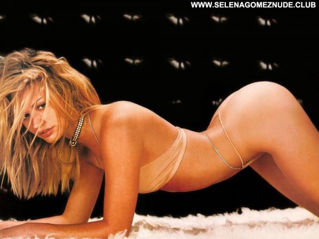 Claudia Romani D Mode Sex Babe Celebrity Old Posing Hot Bikini