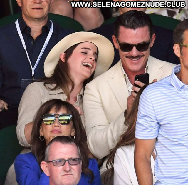 Emma Watson No Source Paparazzi Celebrity Posing Hot Beautiful Babe