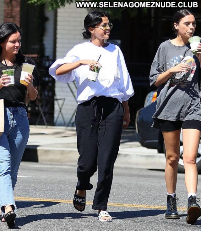 Selena Gome Studio City  Celebrity Posing Hot Babe Paparazzi Beautiful