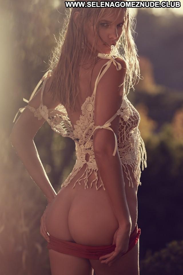 Marloes Horst Sports Illustrated Australian Celebrity Beautiful