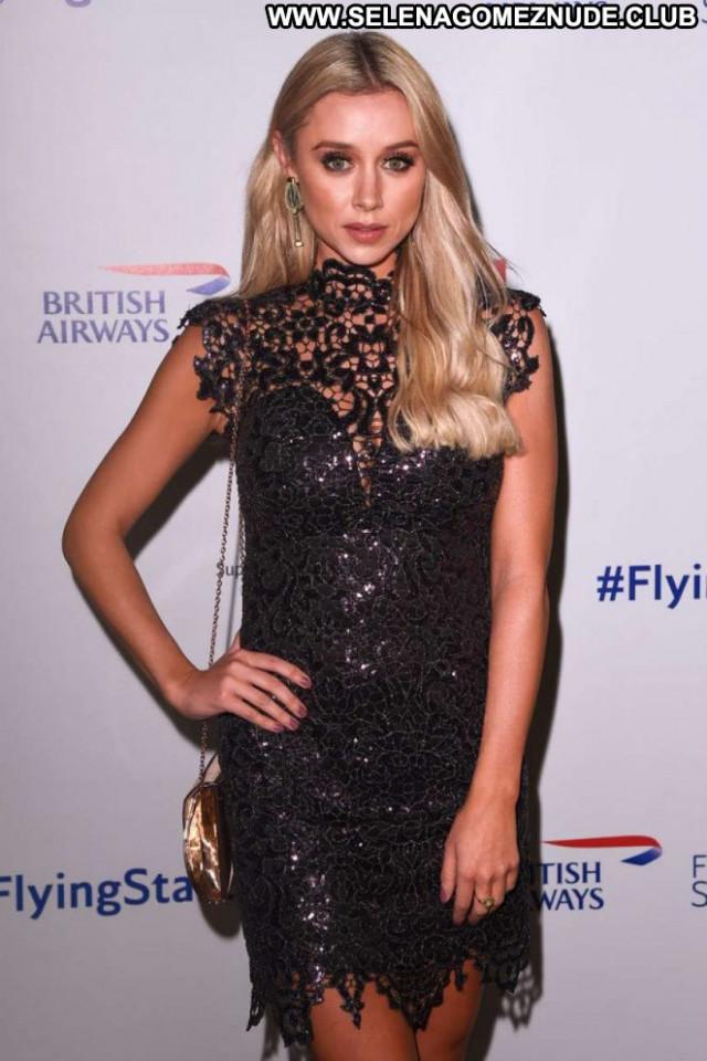 Una Healy No Source British Babe Paparazzi Beautiful Celebrity London