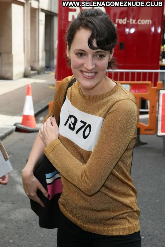 Phoebe Waller Bridge No Source Posing Hot Babe Celebrity London