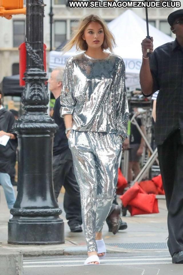 Romee Strijd New York Celebrity Babe Beautiful Posing Hot Paparazzi