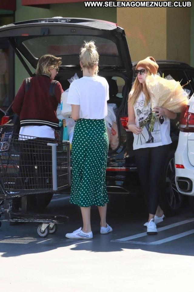 Cara Delevingne Studio City Paparazzi Celebrity Beautiful Shopping