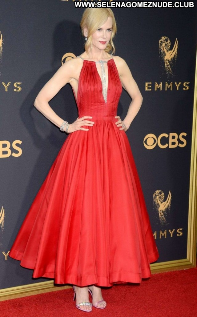 Nicole Kidman Primetime Emmy Awards Celebrity Posing Hot Awards Angel
