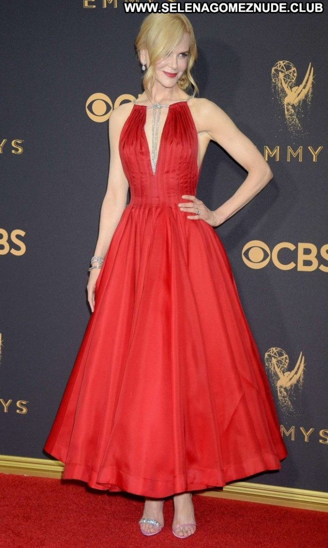 Nicole Kidman Primetime Emmy Awards Beautiful Posing Hot Los Angeles