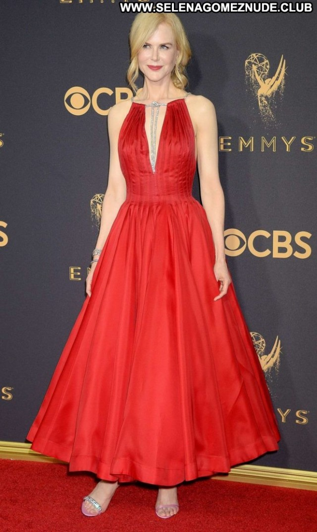 Nicole Kidman Primetime Emmy Awards Celebrity Posing Hot Paparazzi
