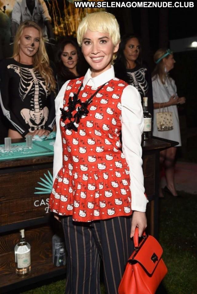 Olivia Munn Halloween Party Paparazzi Posing Hot Beautiful Halloween