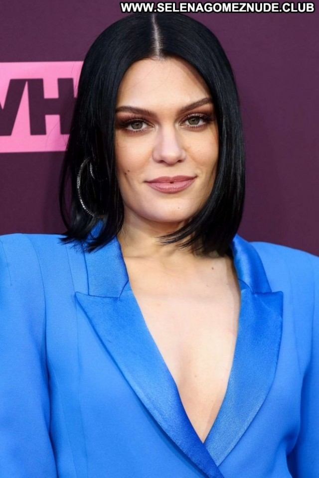 Jessie J No Source  Celebrity Babe Mom Beautiful Posing Hot Paparazzi