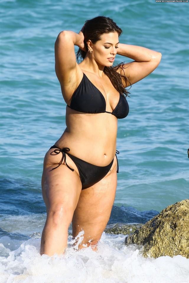 Ashley Graham The Beach  Legs Beautiful Beach Natural Babe Sex