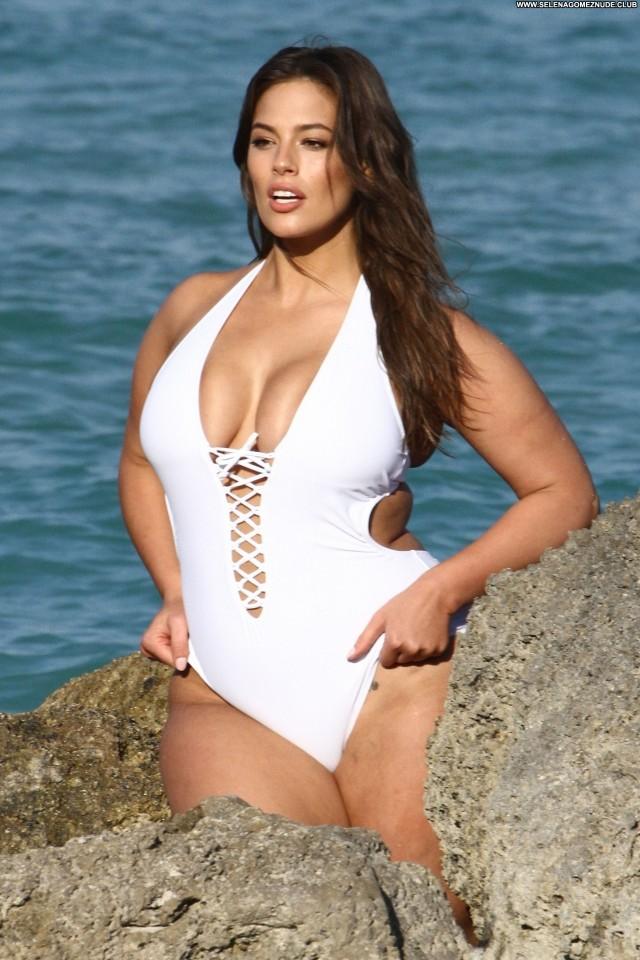 Ashley Graham The Beach Beautiful Swimsuit Posing Hot Babe Big Tits