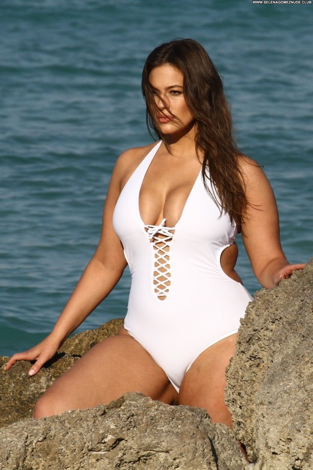 Ashley Graham The Beach Beautiful Swimsuit Black Posing Hot Celebrity