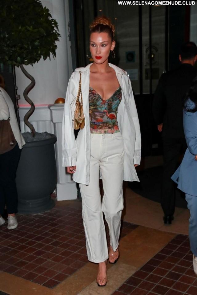 Bella Hadid No Source Videos Hot Big Tits Celebrity Celebrity Breasts