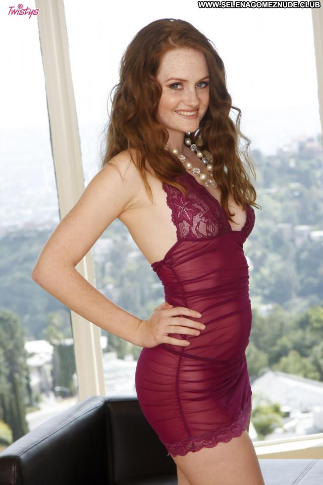 Holly Hansen No Source Latino California Babe Sex Porn Natural Pussy