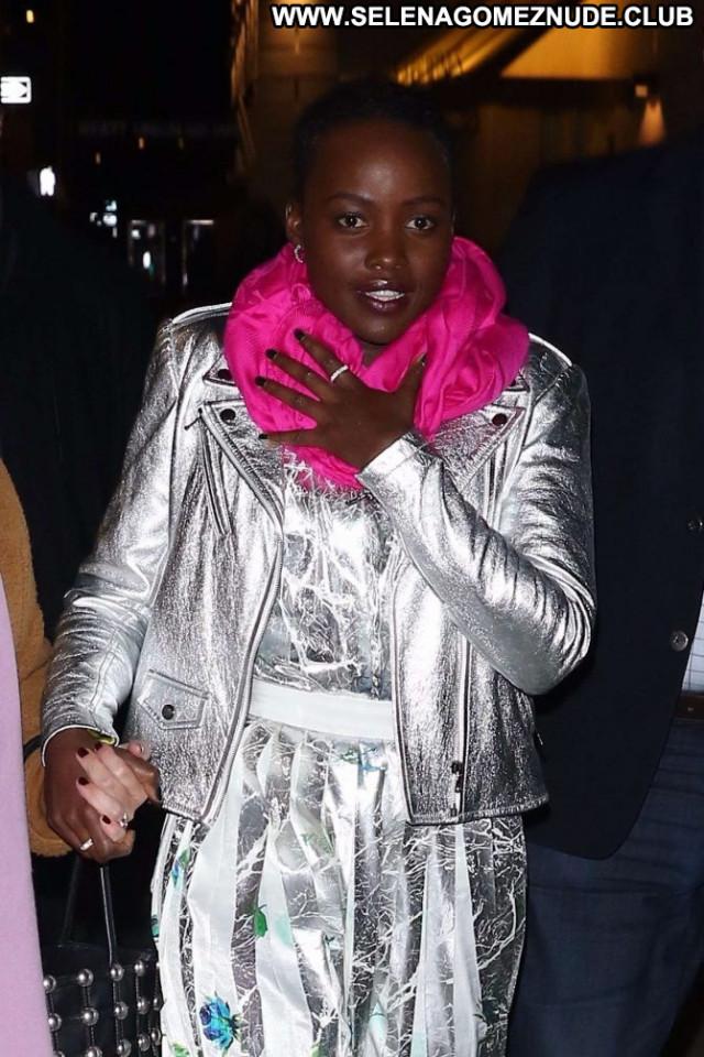 Lupita Nyongo New York Celebrity New York Paparazzi Posing Hot