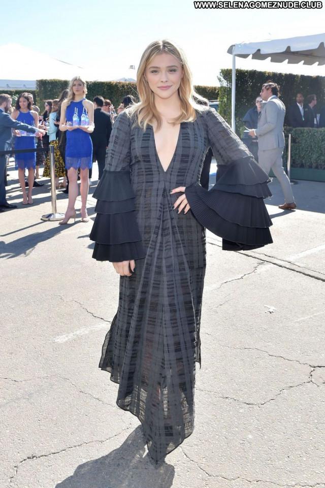Chloe Grace No Source Bra Videos Posing Hot Awards Angel Los Angeles