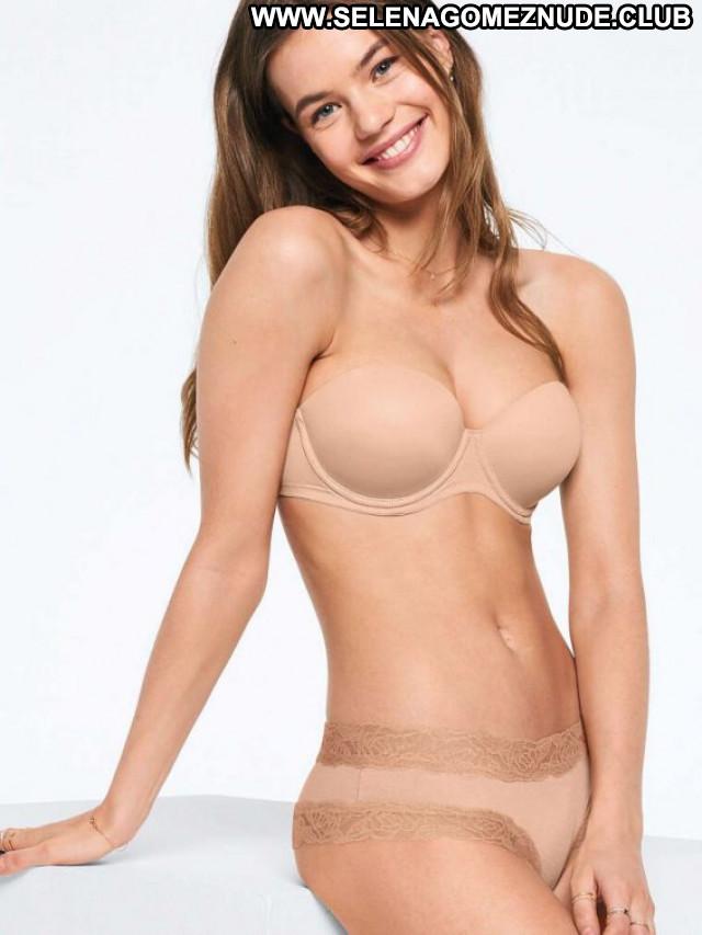 Victorias Secret Victorias Secret Posing Hot Celebrity Beautiful Babe