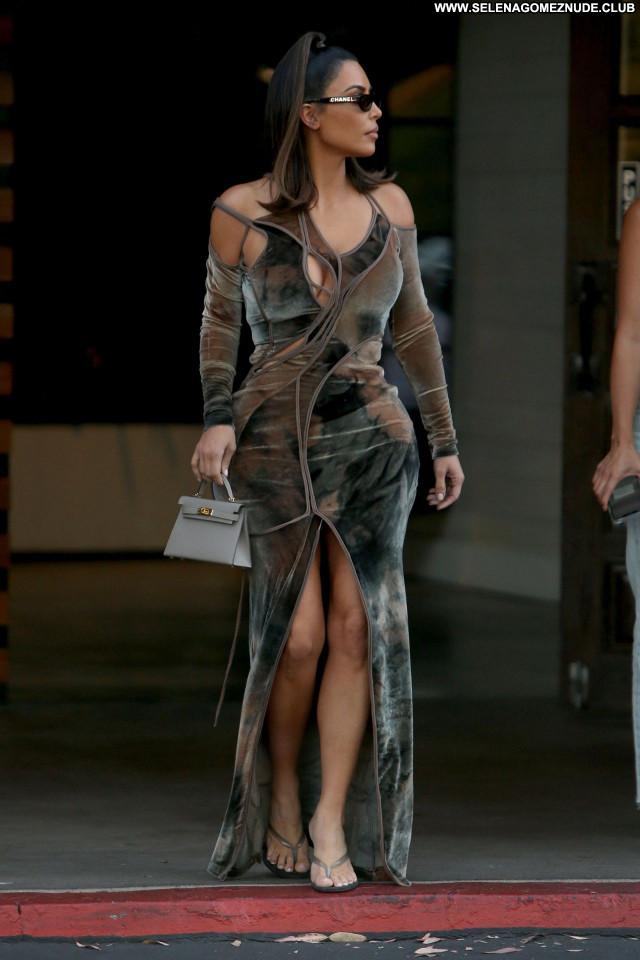 Kim Kardashian No Source Beautiful Babe Posing Hot Celebrity Sexy