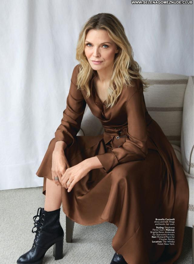Michelle Pfeiffer No Source Celebrity Sexy Babe Posing Hot Beautiful