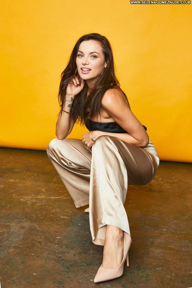 Christina Ochoa No Source Posing Hot Beautiful Celebrity Sexy Babe
