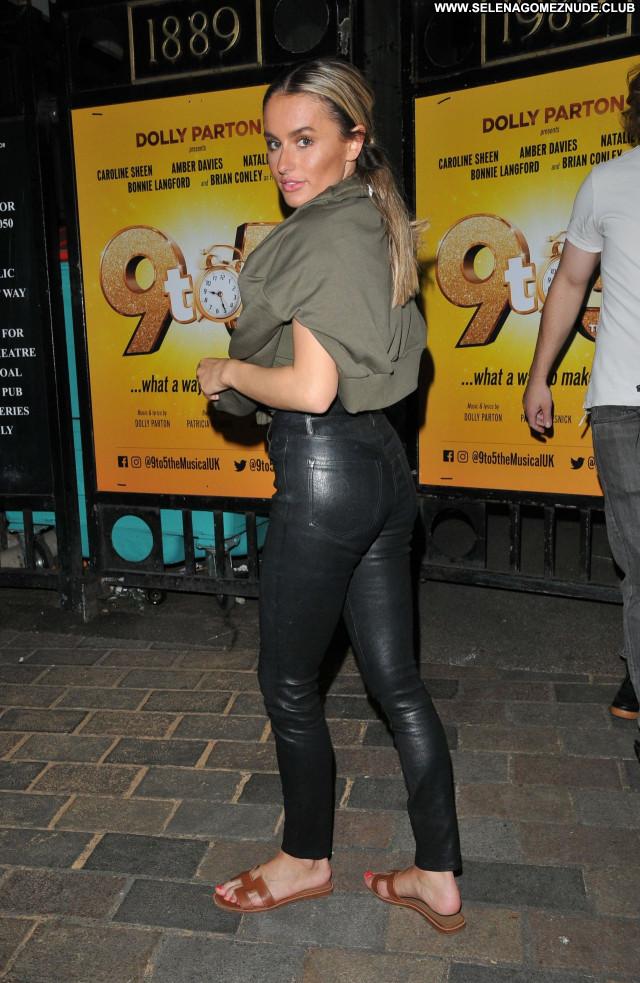Amber Davies No Source Sexy Celebrity Beautiful Posing Hot Babe