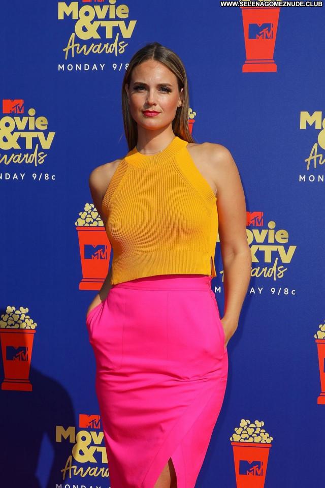 Mtv Movie No Source Posing Hot Celebrity Sexy Beautiful Babe