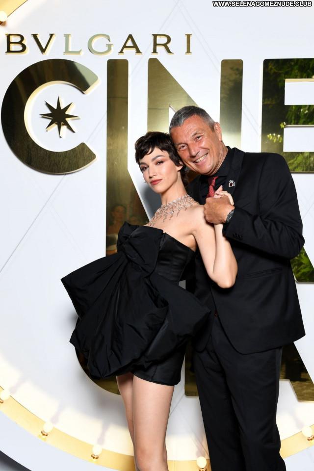 Ursula Corbero No Source Posing Hot Beautiful Celebrity Sexy Babe