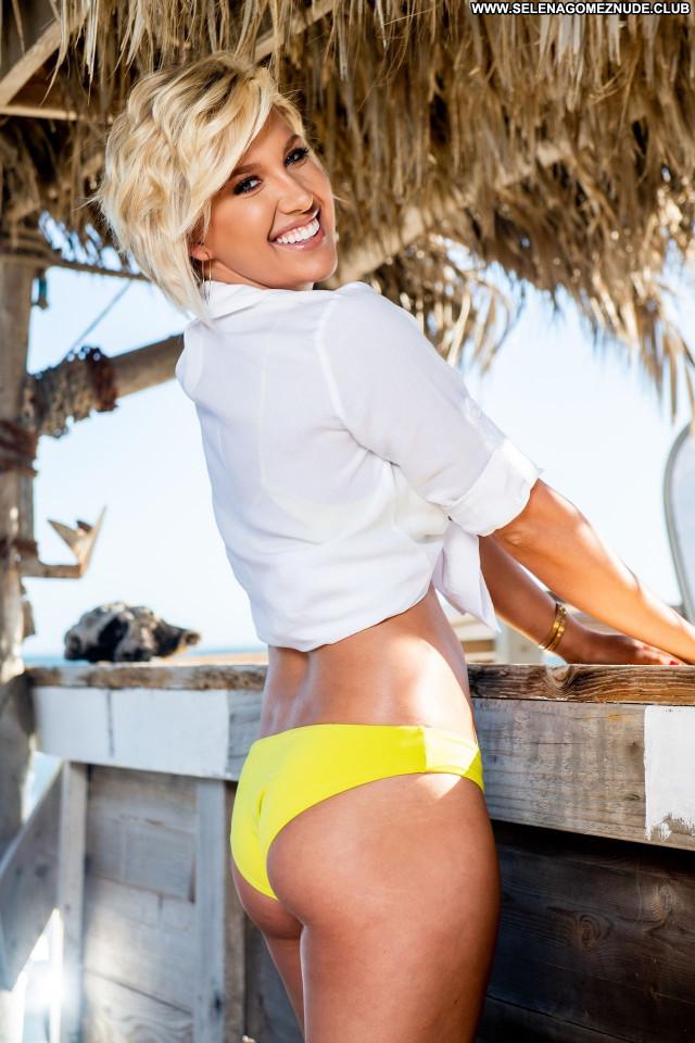 Savannah Chrisley No Source Celebrity Posing Hot Sexy Babe Beautiful