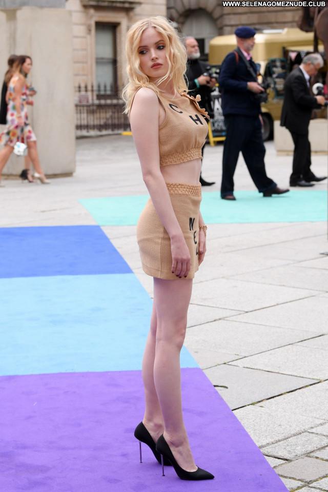 Bamber nude ellie Ellie Bamber