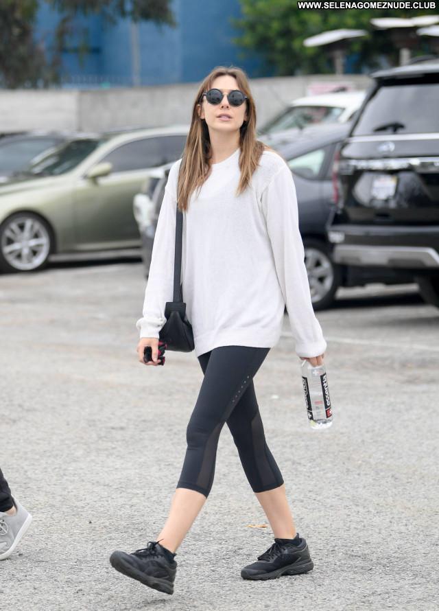 Elizabeth Olsen No Source Beautiful Babe Celebrity Posing Hot Sexy