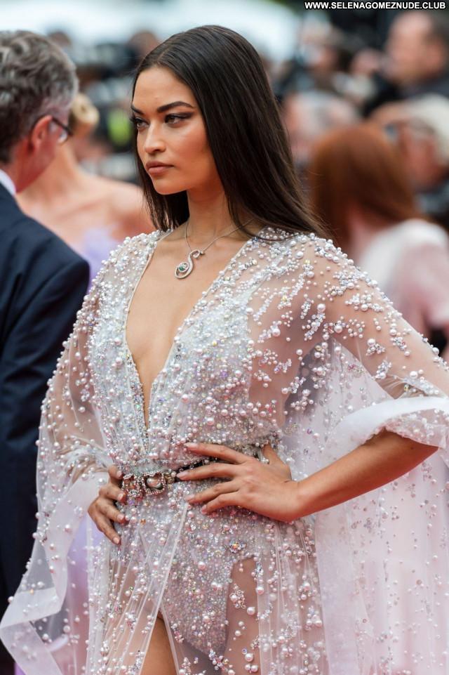 Shanina Shaik No Source Posing Hot Sexy Celebrity Babe Beautiful