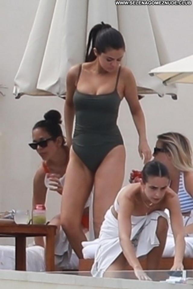Selena Gomez No Source Pretty Swimsuit Black Chick Babe Erotic Beach