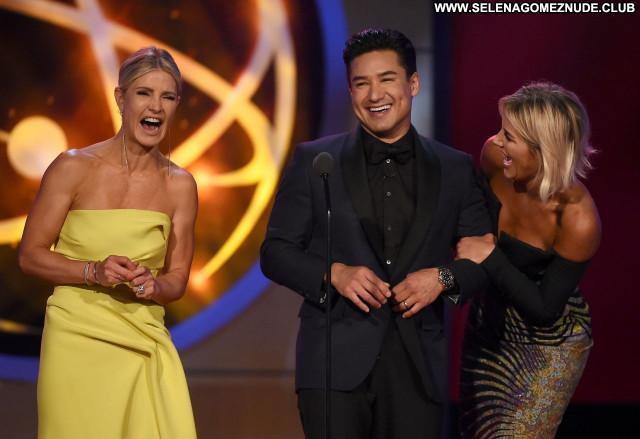 Emmy Awards No Source Beautiful Sexy Babe Posing Hot Celebrity