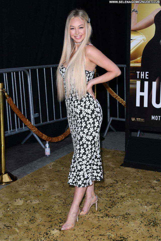 Corinne Olympios No Source  Babe Beautiful Celebrity Posing Hot Sexy