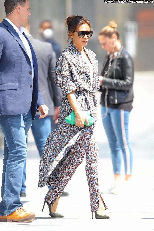 Victoria Beckham No Source  Sexy Posing Hot Babe Beautiful Celebrity