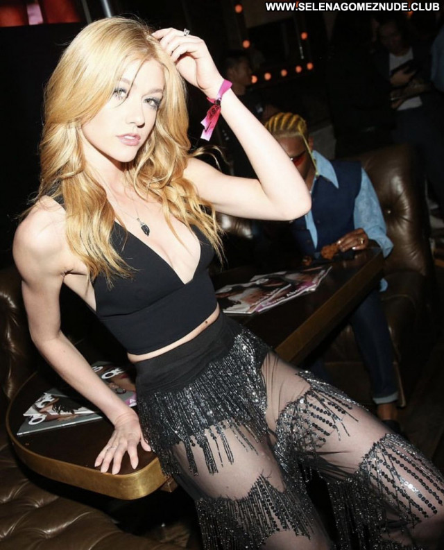 Katherine Mcnamara No Source Sexy Babe Beautiful Celebrity Posing Hot