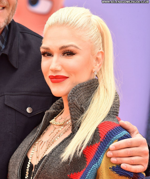 Gwen Stefani No Source Beautiful Babe Celebrity Posing Hot Sexy