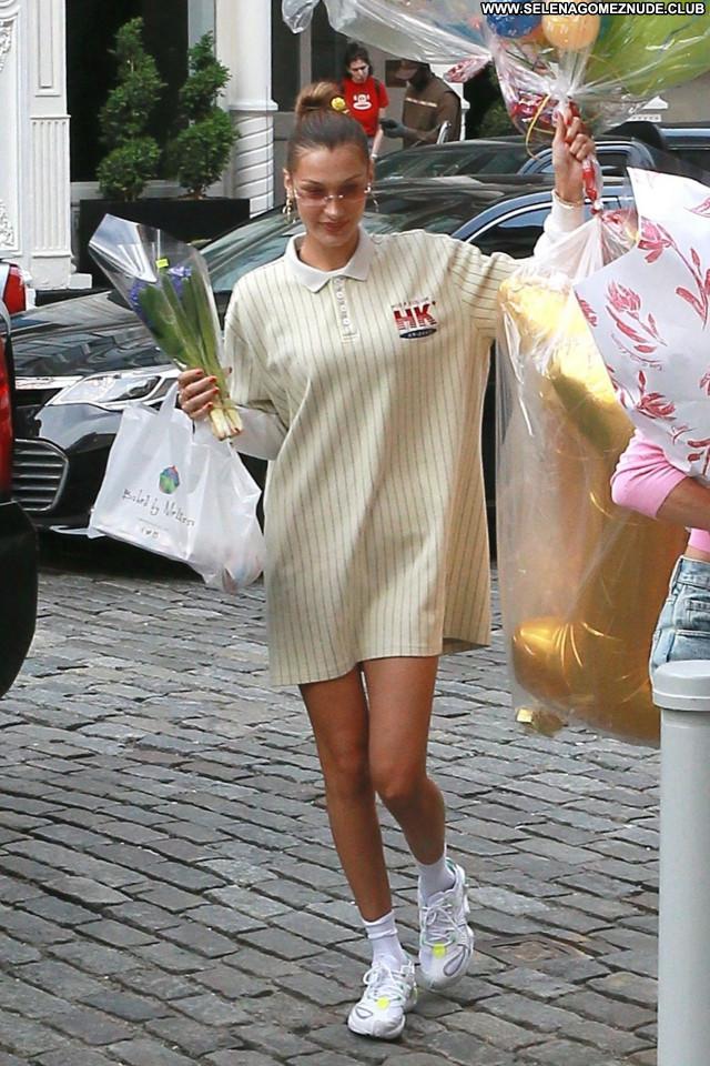Gigi Hadid No Source  Celebrity Babe Posing Hot Beautiful Sexy