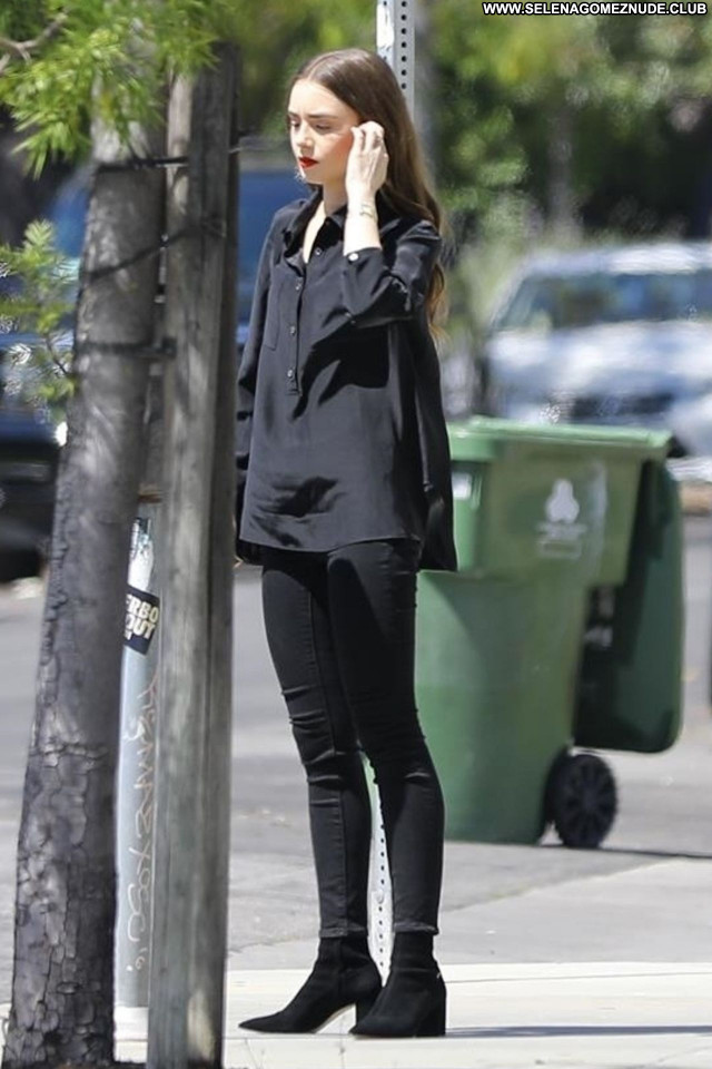 Lily Collins No Source Babe Beautiful Posing Hot Celebrity Sexy