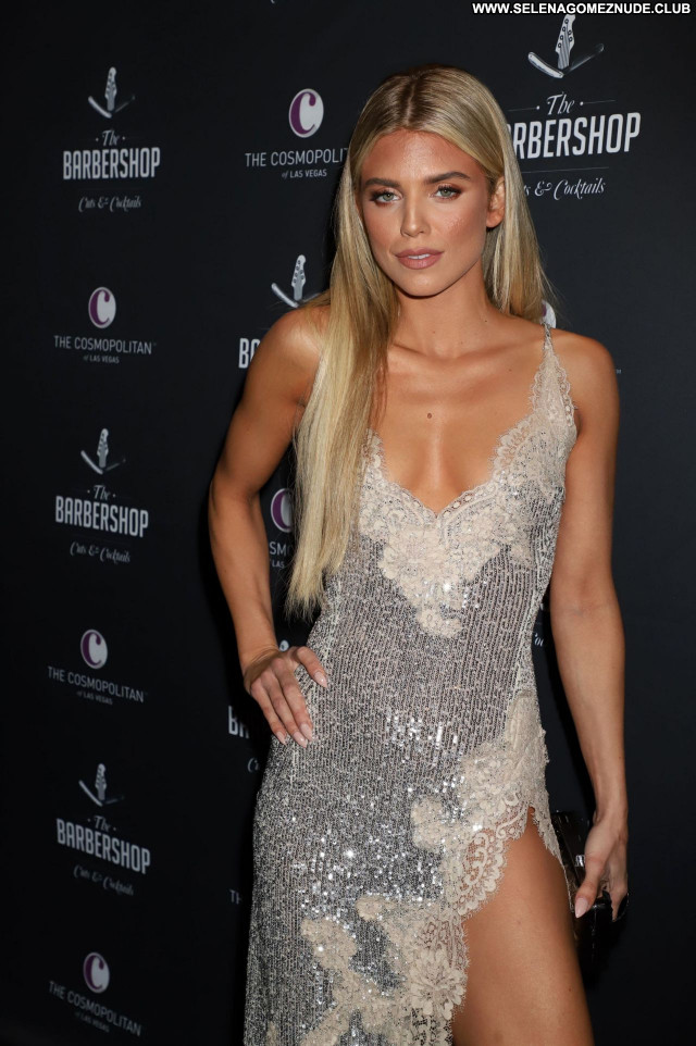 Annalynne Mccord No Source Posing Hot Sexy Babe Celebrity Beautiful